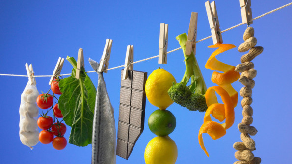 CN8F57 Healthy foods pegged to a washing line